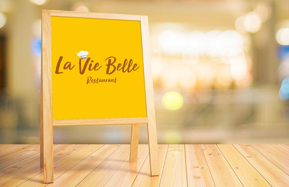 Estudio Creativo, diseño gráfico, Branding, Web, Diseño Logotipo, tarjetas de visita, Servilletas, Posavasos, Cartelería exterior, Menú, Madrid, La Vic Belle, Frances, Restaurante, 8 Purple.